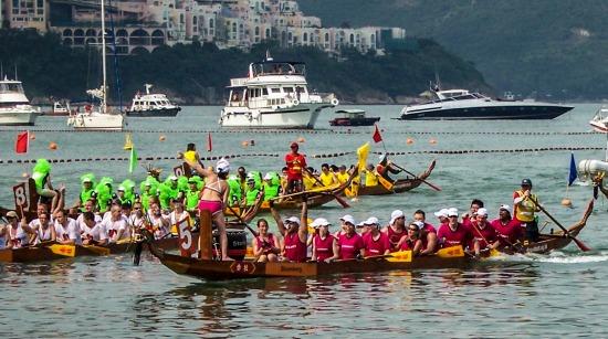 dragon boats race
