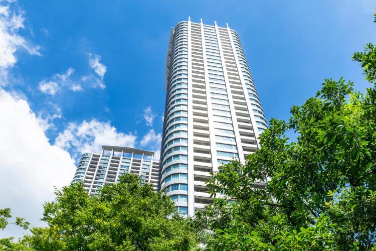 real estate market report concept - condo